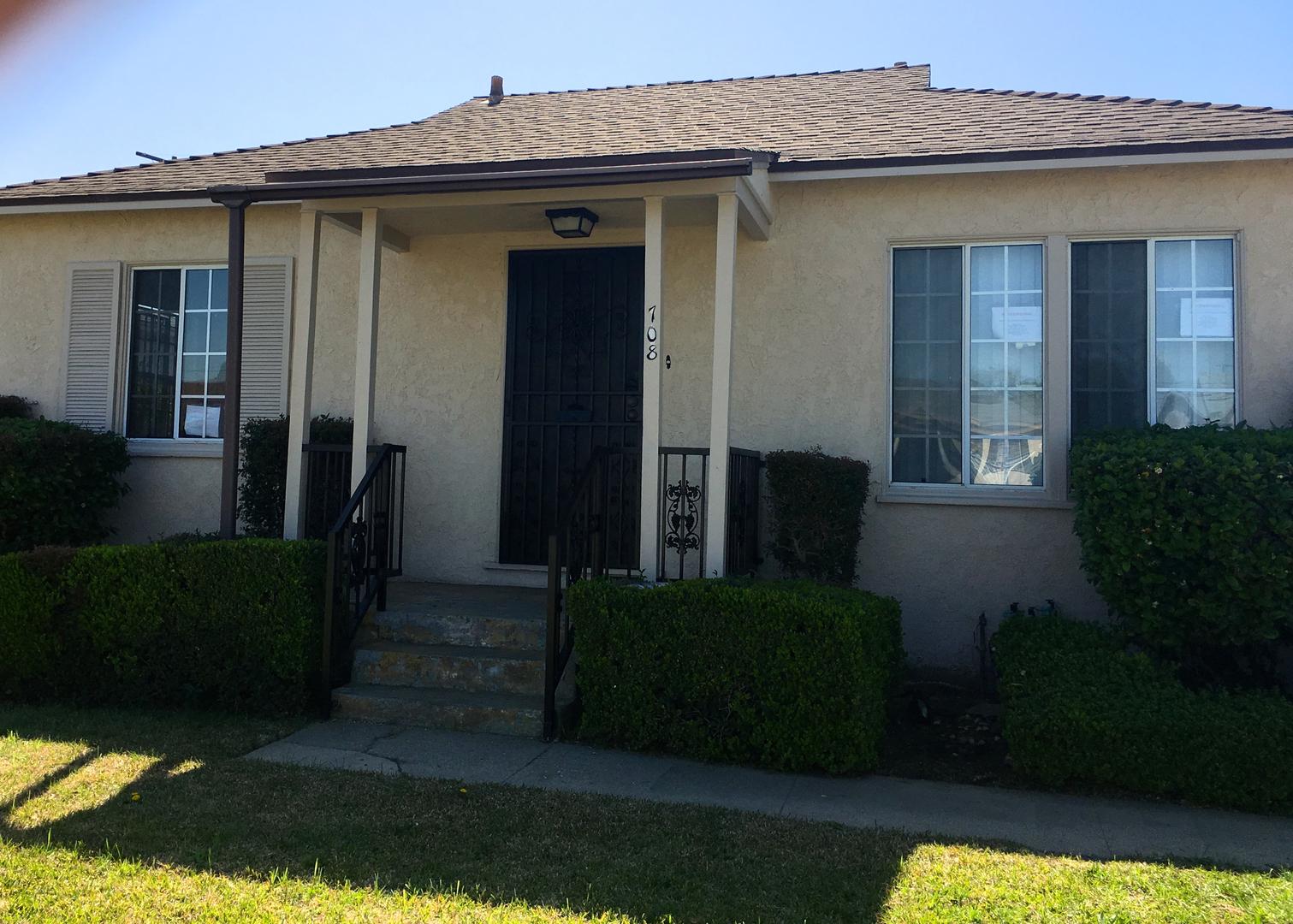 513 W Fairview Blvd, Inglewood